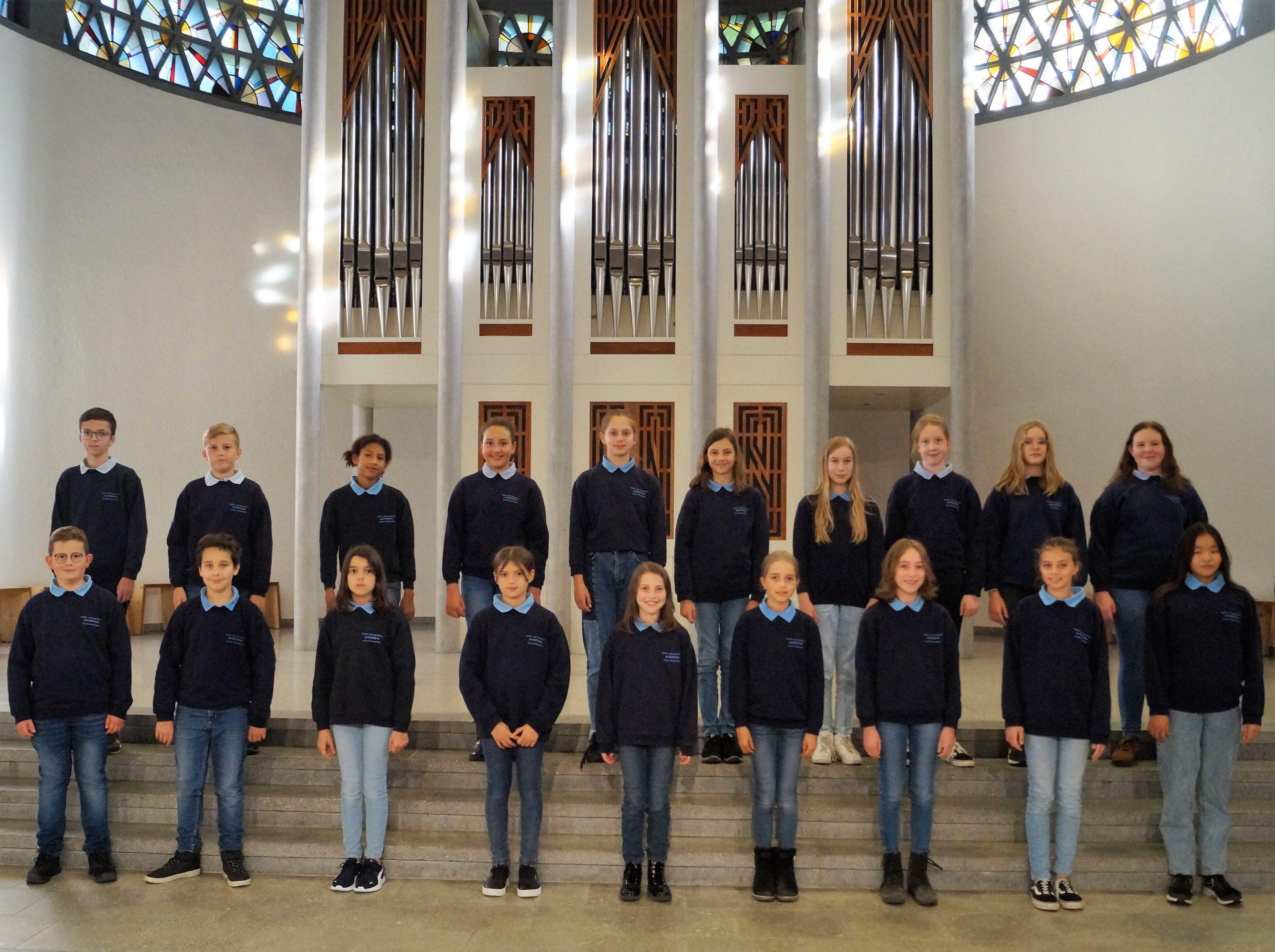 Es singt: der Jugendchor Unterwegs Achern-Fautenbach